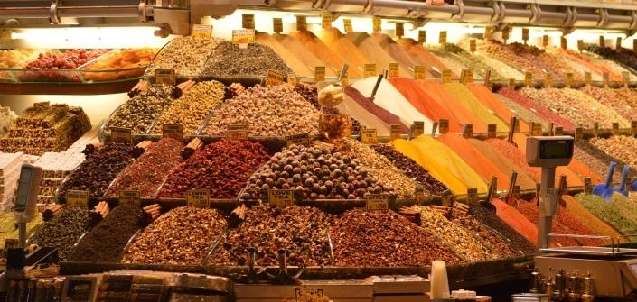 Piata de condimente