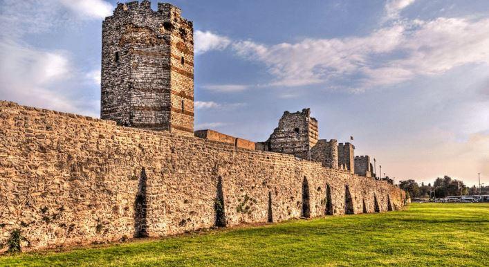 Zidurile Orasului Vechi