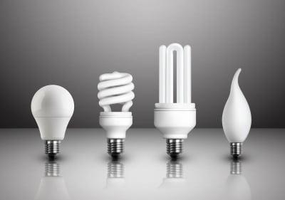Becuri LED vs becuri economice