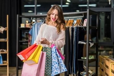 Ce haine de firma ieftine poti gasi?